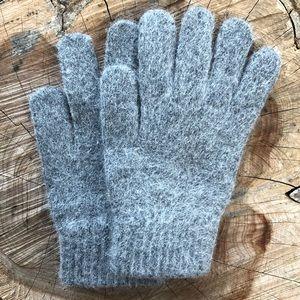 Last1️⃣!🍃Cashmere Dark Grey Plush Knit Gloves!🌨